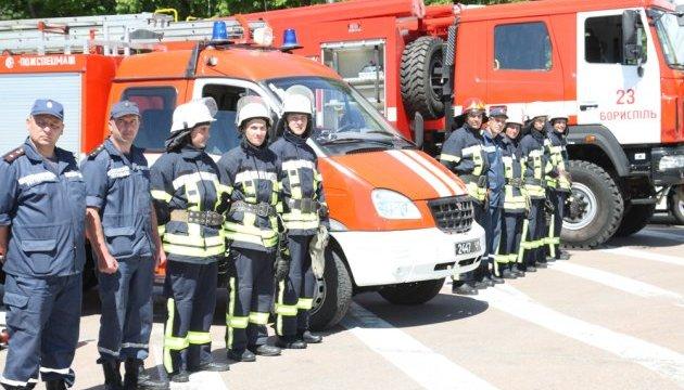 Рятувальники демонструють найкращі людські якості — Гройсман