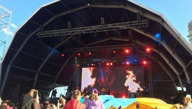 Черга на концерт Руслани в Лісабоні розтягнулася на кількасот метрів