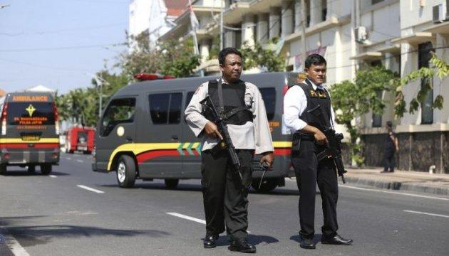 В Индонезии подорвалась семья террористов-смертников