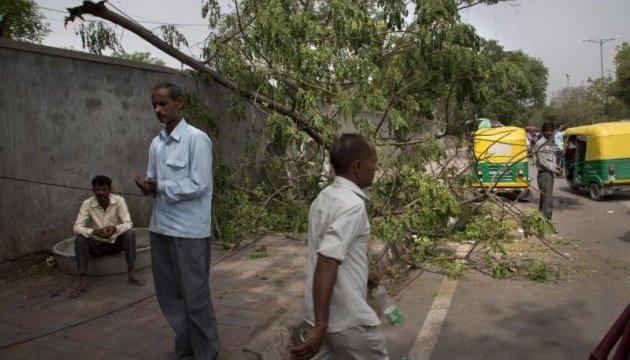Шторм в Індії забрав життя 46 осіб