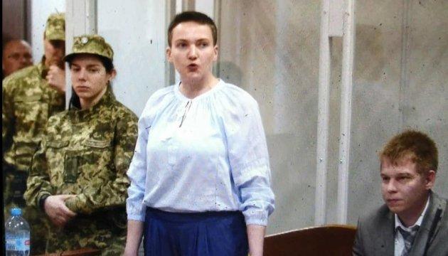 Савченко пояснила, чому розірвала угоди з адвокатами