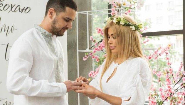 Нардеп Дейдей за тиждень після розлучення одружився вдруге