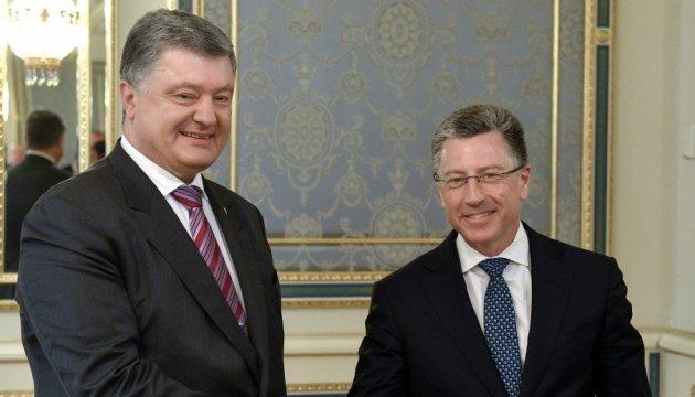 Порошенко і Волкер на зустрічі у Києві обговорили сім тем
