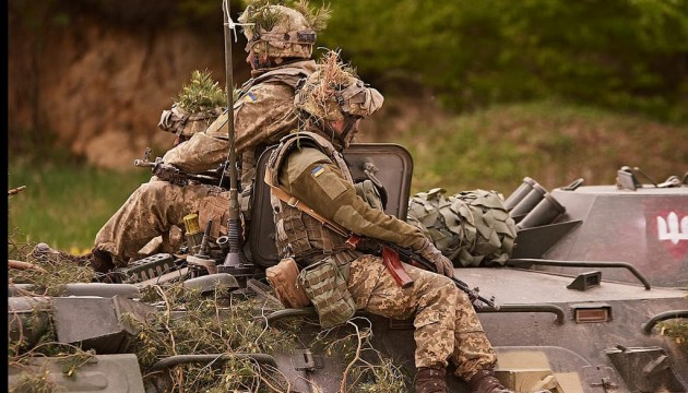 Zwei Soldaten sterben bei Kämpfen im Donbass, vier verletzt
