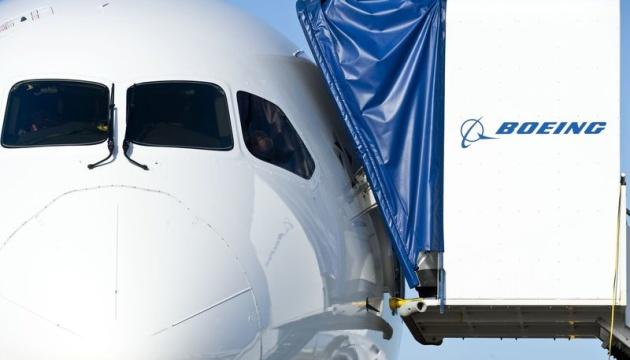 Boeing не отримав жодного замовлення у перший день авіасалону в Ле Бурже