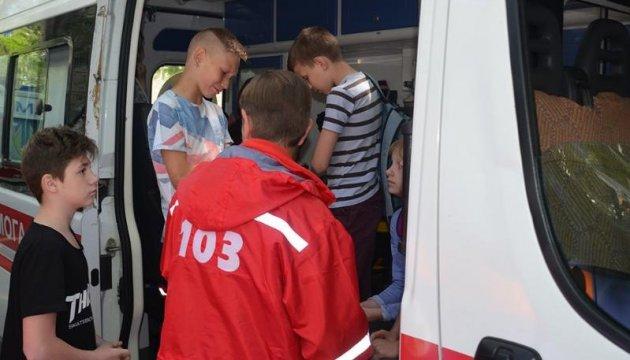 Отравления в Николаеве: Супрун заявляет, что в больнице - 37 школьников