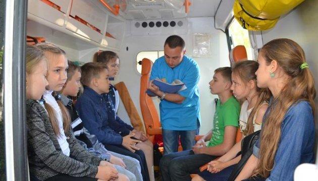 Отравление в Николаеве: в больнице остаются пятеро детей
