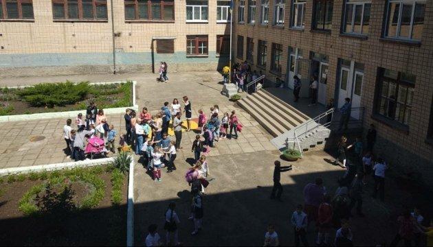 Масове отруєння в Миколаєві: у лікарні залишаються 29 дітей
