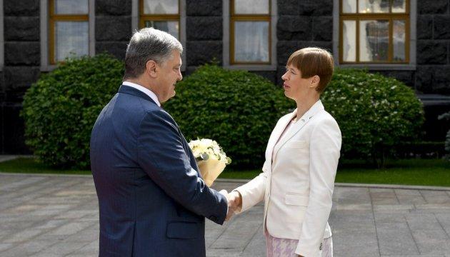 President Poroshenko meets with President of Estonia
