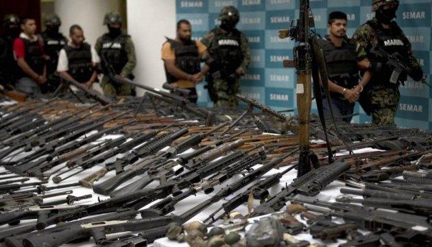 Парагвай полностью запретил импорт оружия