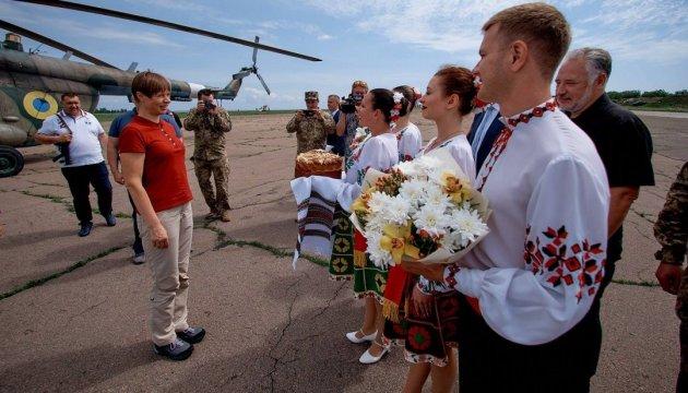 Estnische Staatspräsidentin Kaljulaid besucht Kramatorsk - Bilder