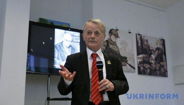 Джемилев: С наслаждением наблюдаю, как бесится Кремль из-за Томоса
