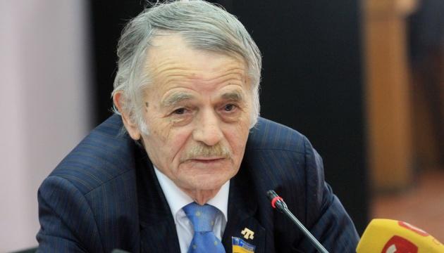 Джемилев призвал собрать средства для 113 детей крымских политзаключенных