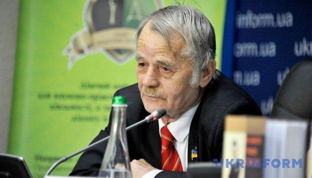 Джемілєв: Джерело з Москви підтвердило наявність шести ядерних боєголовок в Криму
