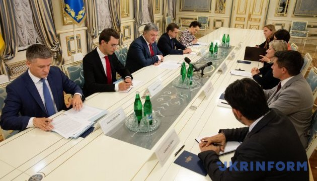 Президент встретился с руководством компании General Electric