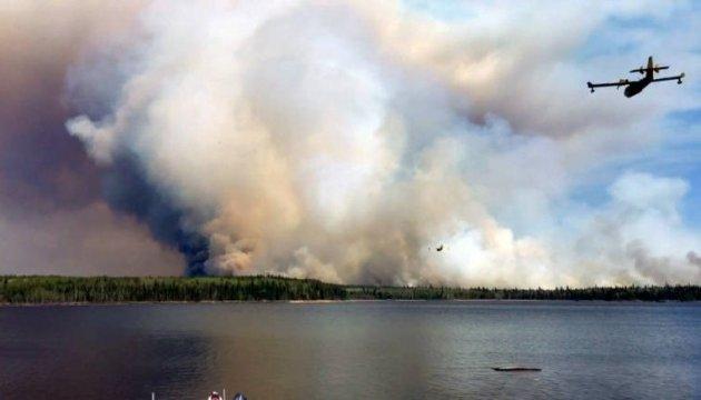 Лесной пожар в Канаде: уже эвакуировали 2000 человек