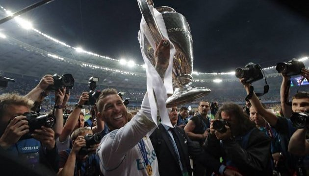 Рамос назвал «Реал» легендарной командой и пожелал Салаху выздоровления