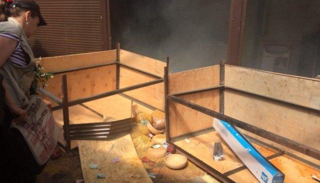 Погром киосков возле столичного метро: задержанных уже 34