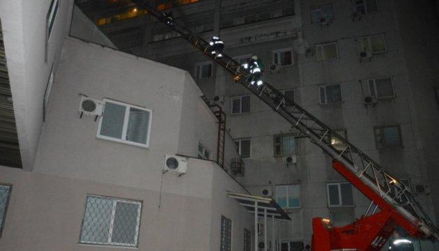 Brand in Metschnikow-Klinik in Dnipro, ein Patient verletzt - Fotos