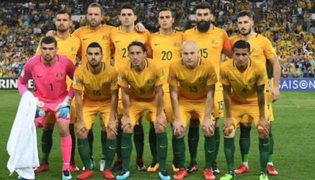 Австралийских футболистов призывают играть в траурных повязках на ЧМ в России