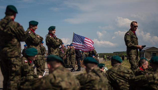 США в ускоренном порядке перебрасывают в Европу 1,5 тысячи военных