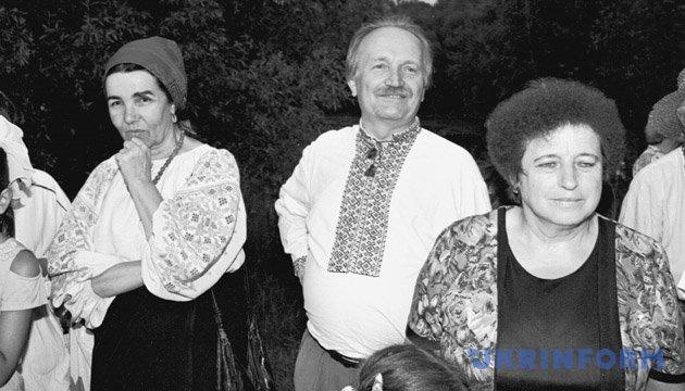 Вячеслав Чорновил на празднике Ивана Купала в селе Пирогово (фото 1997 года). Из фондов Укринформа