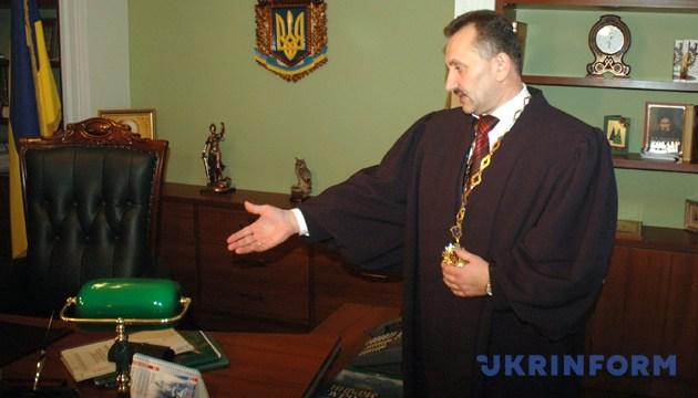 Ігор Зварич в своєму кабінеті розповідає про обставини свого затримання та обшук кабінету 9 грудня 2008 року у Львові