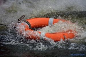 На Закарпатті шукають хлопчика, якого понесло течією ріки