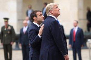 """Макрон убеждает Трампа """"нести в массы"""" идею возвращения России в G7 — журналист WP"""