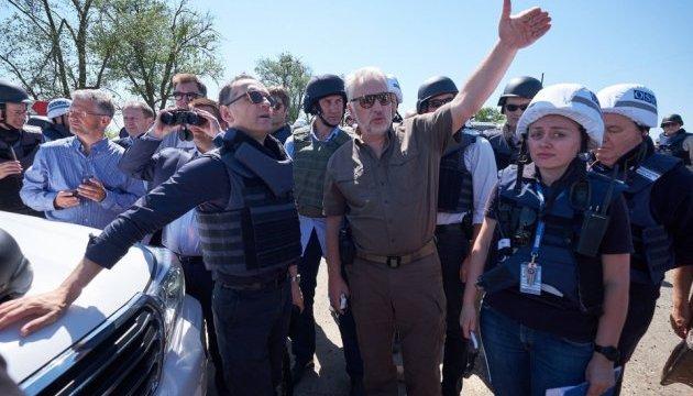 L'invasion Russe en Ukraine - Page 30 630_360_1527890298-7967
