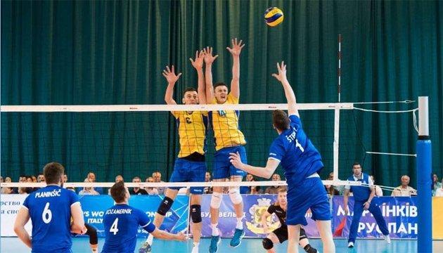 Українські волейболісти втратили шанс на вихід у
