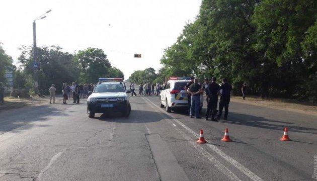 Жители Одессы перекрыли шоссе, где насмерть сбили ребенка