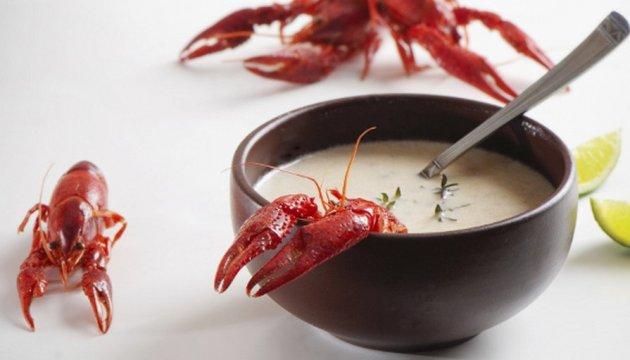 У китайському ресторані рак відрізав собі клешню, щоб не потрапити у суп