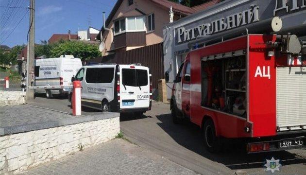 У Києві невідомий стріляв із гранатомета у ритуальне бюро