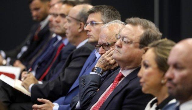 Порошенко запросив іспанський бізнес інвестувати в економіку України