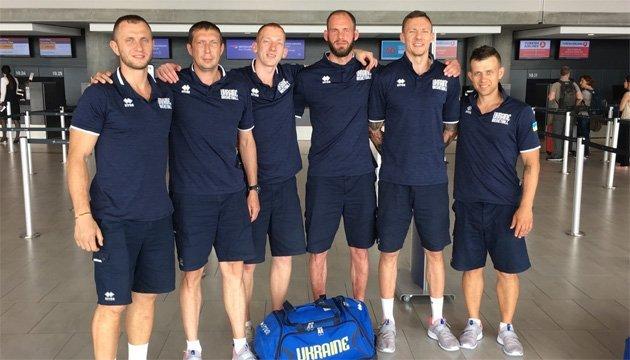 Збірна України вирушила на чемпіонат світу з баскетболу 3х3