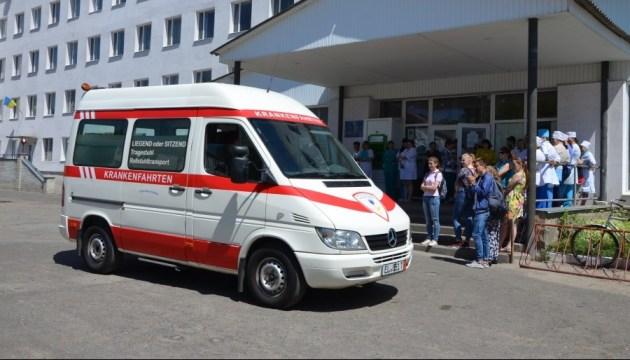 28 запорожских школьников попали в больницу по