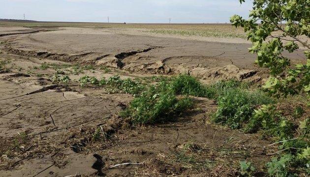 У двох районах Херсонщини сильна злива затопила поля