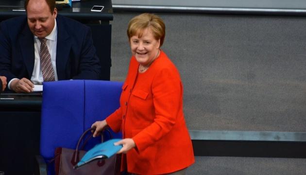 Меркель поедет на празднование 100-летия Литвы