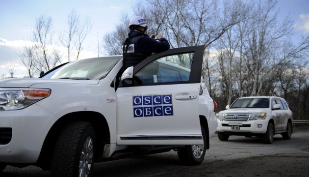 OSCE records tanks, MLRS, howitzers of invaders in Donbas