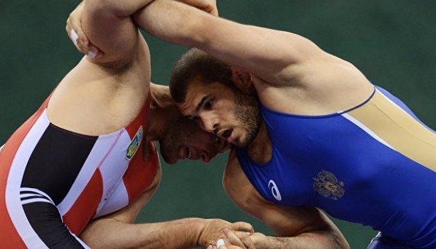 Греко-римская борьба: украинцы завоевали три медали на молодежном Евро-2018