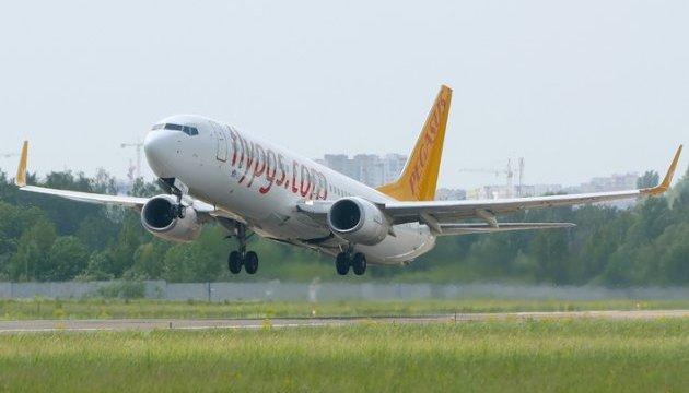 Турецкий лоукостер открывает регулярный рейс из Киева в Измир