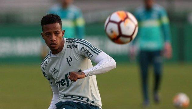 Бразильський футболіст Че Че вирушив до Києва для підписання контракту з