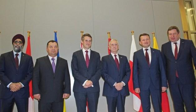 Полторак скоординував співпрацю з колегами із НАТО