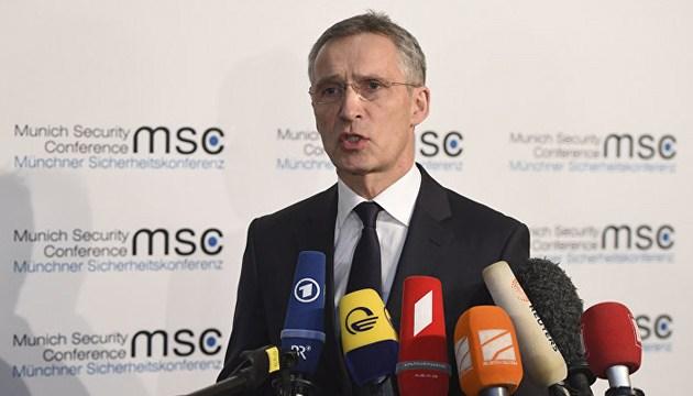 Poroshenko to be invited to NATO summit in July - Stoltenberg