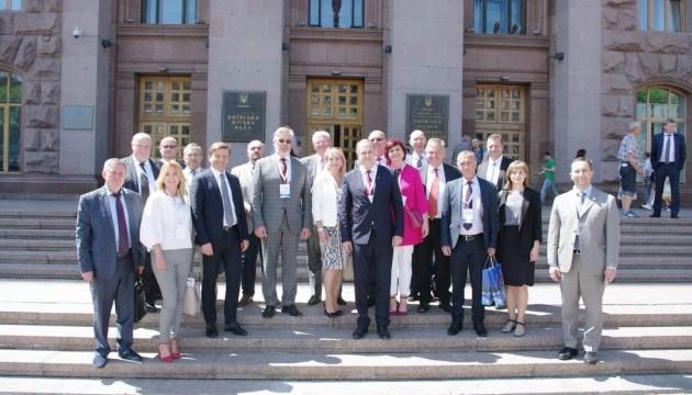 Международный клуб торгово-промышленных палат планируют создать в Киеве
