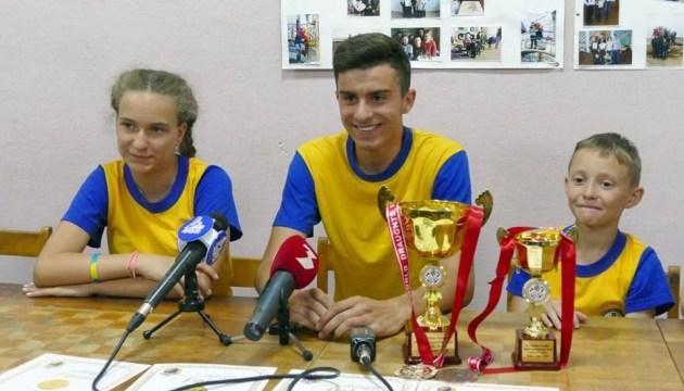 Українці Слава Орест і Ліза Дружук – переможці чемпіонату світу з шашок-64