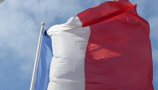 La France a condamné le décret de Poutine interdisant aux individus ne détenant pas la citoyenneté russe de posséder des terrains en Crimée
