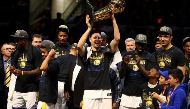 Баскетбол: «Голден Стейт» вчетверте переміг «Клівленд» і став чемпіоном НБА