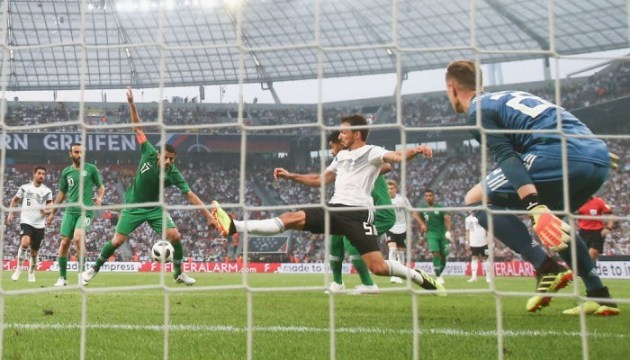 Германия минимально обыграла Саудовскую Аравию перед ЧМ-2018